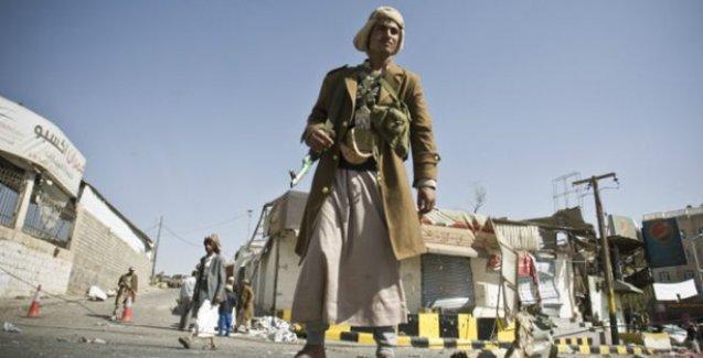 Yemen'de Şii isyancılar Başkanlık Sarayı'nı ele geçirdi