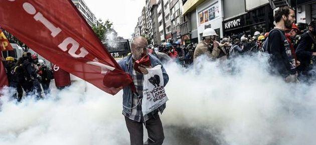 Yeni Şafak'a göre 1 Mayıs'a işçiler gölge düşürmüş!
