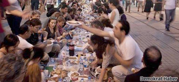 'Yeryüzü Sofrası' bugün Fatih'te
