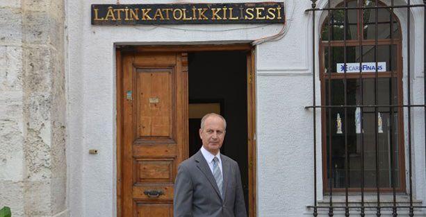 Yeşilköy'deki Latin Katolik Kilisesi'ne bıçaklı saldırı