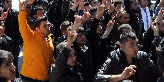Yozgat'ta kadınların 8 Mart kutlamasına ülkücüler saldırdı