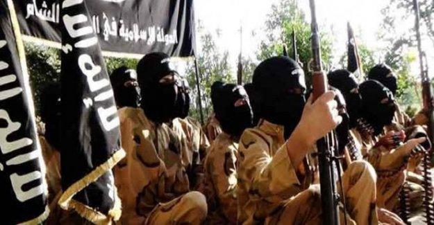 'IŞİD Musul yakınlarında 400'den fazla kişiyi infaz etti'