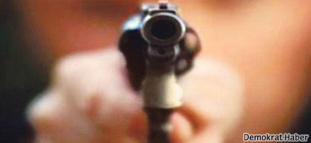 Yüksekova'da 2 kişi silahla öldürüldü