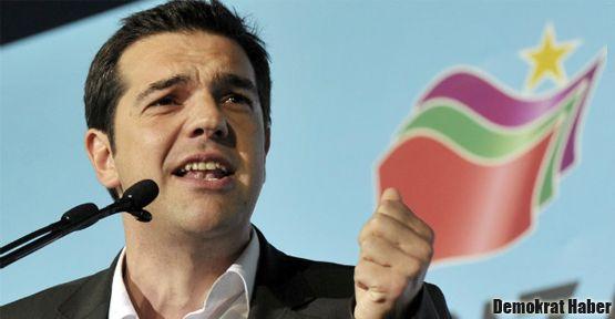 Yunanistan'da ibre radikal solda