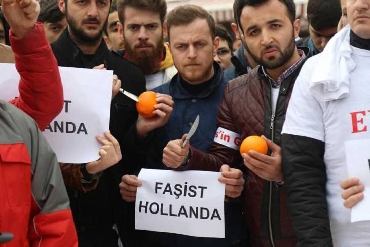 Fotografie z webu demokrathaber.org