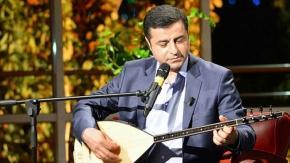 Cevdet Bağca, Demirtaş'ın cezaevinde yazdığı ilk şiiri besteledi: Umutsuzluk Yanarken